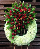 FW 1 LARGE WREATH W/RED ROSE CLUSTER