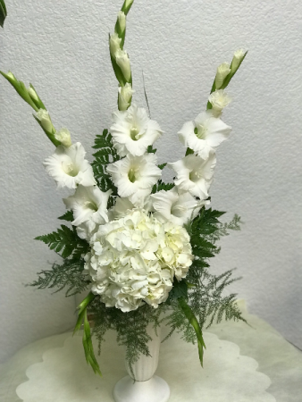 FC006 Ready for delivery All white sympathy arrangement