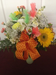 Fancy Feathers  in Jermyn, PA | Debbie's Flower Boutique