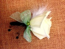 Feather Rose Bout