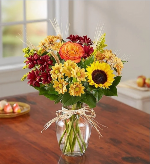 Feilds of Europe  Fall vase of flowers in Elyria, OH | PUFFER'S FLORAL SHOPPE, INC.