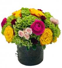 Feliz Cumpleaños mi Amor Arreglo de Flores para Cumpleanos