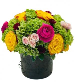 Feliz Cumpleaños mi Amor Arreglo de Flores para Cumpleanos in Miami, FL | FLOWERTOPIA