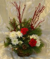 FESTIVE BASKET Christmas arrangement