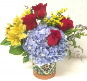 Festive   in Easton, MD | ROBINS NEST FLORAL AND GARDEN CENTER