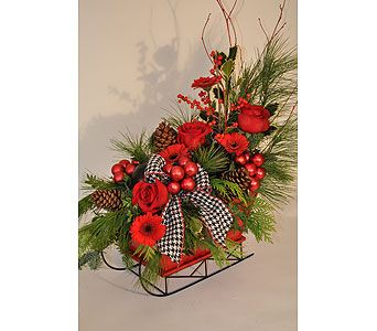 Festive Sleigh All Around Basket