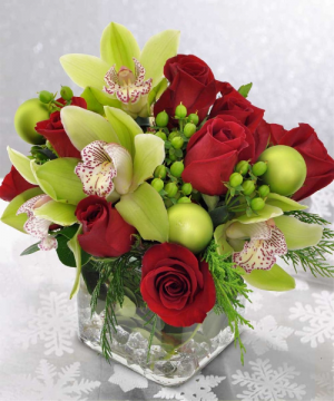Festive Square Vase   in Oakville, ON | ANN'S FLOWER BOUTIQUE-Wedding & Event Florist