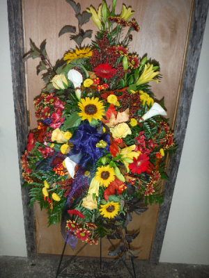 FG Fall standing spray Easel Spray in Barnesville, OH | THE FLOWER GARDENS