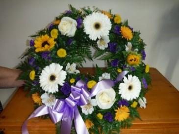 FG floral wreath Easel Spray