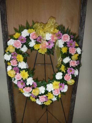 FG Heart Wreath  Easel Spray in Barnesville, OH | THE FLOWER GARDENS