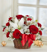 Fields of Europe™ Christmas Basket 98924 All-around basket arrangement