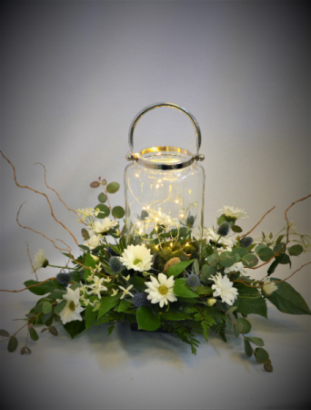 FIRE FLY NIGHTS LANTERN DESIGN FRESH FLOWER ARRANGEMENT