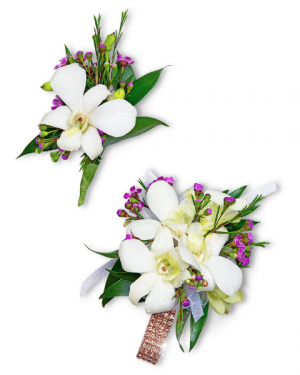 Flawless Corsage and Boutonniere Set Corsage/Boutonniere in Nevada, IA | Flower Bed