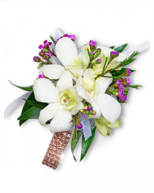 Flawless Corsage Corsage/Boutonniere in Nevada, IA | Flower Bed