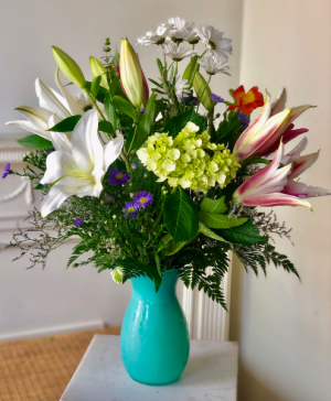 FLORAFINO'S LOVELY LILY BOUQUET  in Zanesville, OH | FLORAFINO FLOWER MARKET & GREENHOUSES