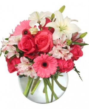Floral Attraction Vase of Flowers in North Bay, ON | ROSE BOWL FLORIST