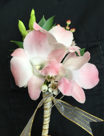 FLORAL BOUTONNIERE WITH DENDROBIUM ORCHIDS