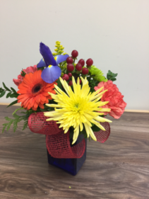 Floral confetti Vase arrangement
