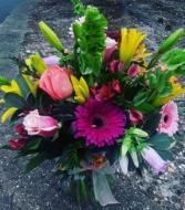 Moms Garden mixed spring colorful vase