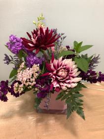 Floral fragrance fresh vase arrangement
