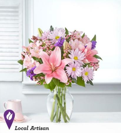 Floral Treasures Small Spring Arrangement