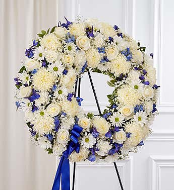 Floral Wreath White with Blue