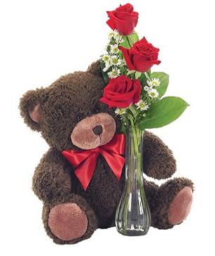 Florero clásico de capullos de rosas y oso suave. BF112-11