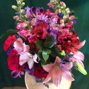 Florist Choice Design Custom in Bristol, VT | Scentsations Flowers & Gifts