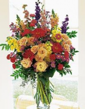 FLORIST DESIGN VASE ARRANGEMENT (FLOWERS VARY) GORGEOUS ARTISTIC DESIGNED
