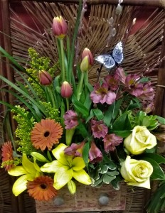 Flower Box Bouquet  in Dayton, OH | ED SMITH FLOWERS & GIFTS INC.