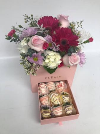 FLOWER STRAWBERRIE BOX