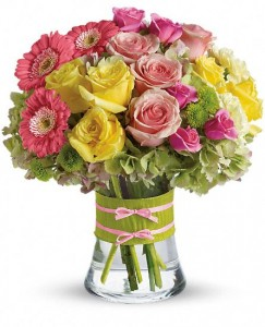Flowers in fashion!  Bouquet in Ventura, CA | Mom And Pop Flower Shop