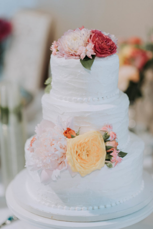 Flowers on Wedding Cakes Custom Wedding Reception in Port Dover, ON | Upsy Daisy Floral Studio