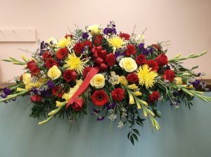 FOND REMEMBRANCE CASKET SPRAY in Springfield, VT | WOODBURY FLORIST