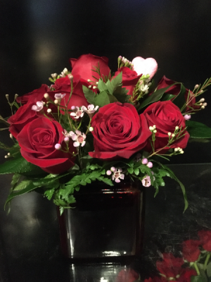 For Your Eyes Only Compact Cube Dozen Red Roses in Bethel, CT | BETHEL FLOWER MARKET OF STONY HILL
