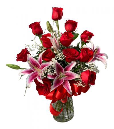 Forever Loved  Dozen Rose With Stargazers
