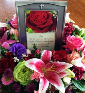 Forever In My Heart Memorial Plaque Tribute / Memorial in Hutchinson, MN | CROW RIVER FLORAL & GIFTS