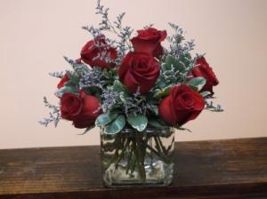 FOREVER LOVE ROSE ARRANGEMENT in Springfield, VT | WOODBURY FLORIST