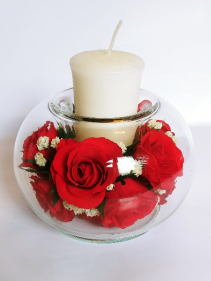 Forever Roses #CHRED Forever Roses arranged in sealed glass