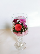Forever Roses #WGMIXED Forever Roses arranged in sealed glass
