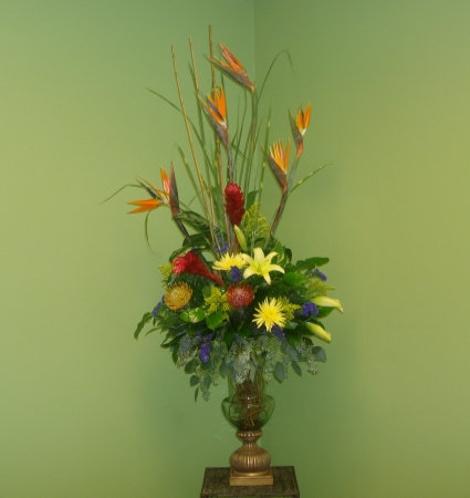 FORMAL TROPICAL DESIGN Tropical Flower Arrangment