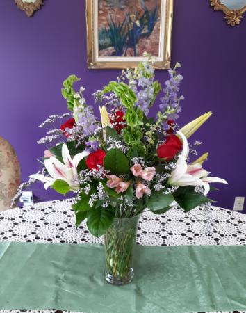 Fragrant Love vase arrangement