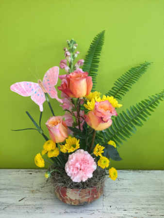 Free Spirit Garden Spring Arrangement