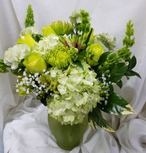 Fresh and Green Vase in Coral Springs, FL   Hearts & Flowers of Coral Springs