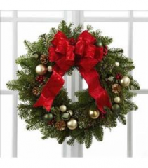 FRESH CHRISTMAS GREENERY WREATH