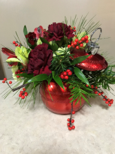 Fresh Christmas Ornament Arrangement Christmas Fresh