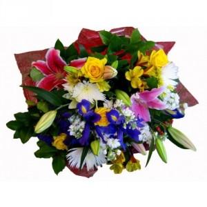 Fresh cut flower bouquet