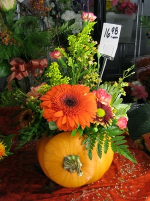 Fresh Fall Pumpkin Fresh Floral Design in Aurora, NE | Honeysuckle Lane