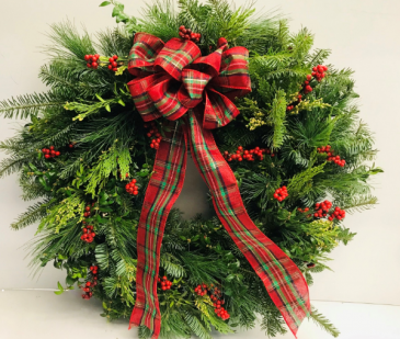 Fresh Mixed Greens Wreath - Plaid