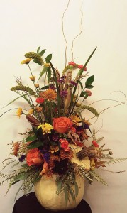 Fresh Pumpkin Centerpiece Thanksgiving, Fall Flowers in Paris, AR | Scott's on the Square